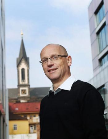 Tomáš Kadeřábek